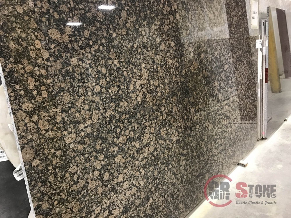 Granite – Baltic Brown slab-min